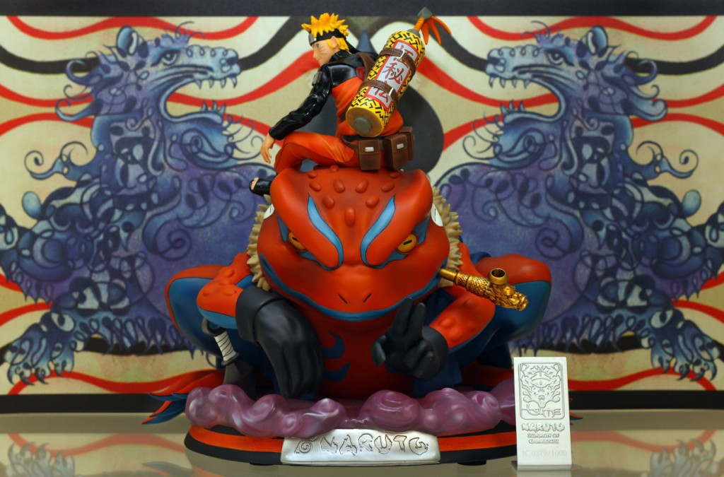 naruto gamakichi statue