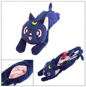 Pretty Guardian Sailor Moon Pen Pouch Shaped like Luna!
