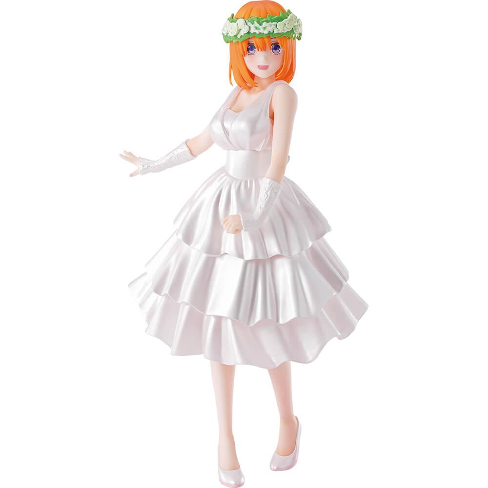 Prize D: Yotsuba Nakano bridal figure (Size approx 18cm)